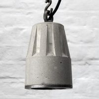 """LANDER-2 Concrete pendant lamp with heavy duty hanging chain and steel edging ring"""